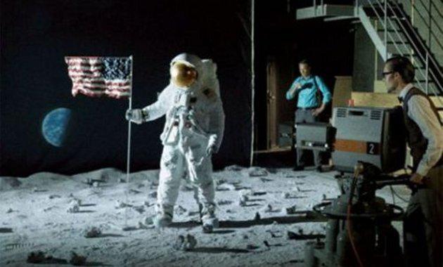 5-hipotesis-que-indican-que-el-aterrizaje-en-la-luna-fue-simulado-y-sus-refutaciones